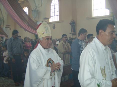 Presidió los festejos religiosos del 12 de enero, en Ziquitaro