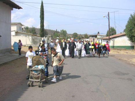 Los párrocos de Ziquitaro y de Penjamillo lo acompañaron