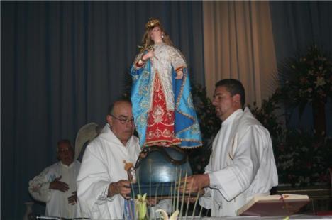 Imagen de la Vírgen de la Esperanza en Jacona, en el 123 aniversario de su coronación