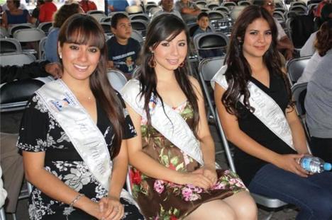 Lizbeth Nayeli Fonseca Quintero, la reina; Anabel Zaragoza Moreno, primera princesa y Claudia Concepción Loza Vera, segunda princesa (Fotos de presidencia municipal)