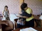 Josefina, felicita a su hermano Raúl