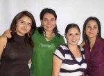 Mujeres de La  Piedad. De Blanca Iris, 2
