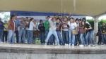 Firma de convenio, 23. Lluvia de por medio, entre el teatro y el público, la alegría de los jóvenes