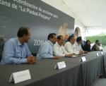 Firma de convenio, 33. Pues sí, se veían satisfechos los alcaldes de La Piedad y Pénjamo  los gobernadores de Michoacán y Guanajuato