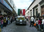Desfile, 103