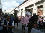 Desfile, 56
