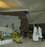 Fiesta en Infonavit, había comenzado la misa